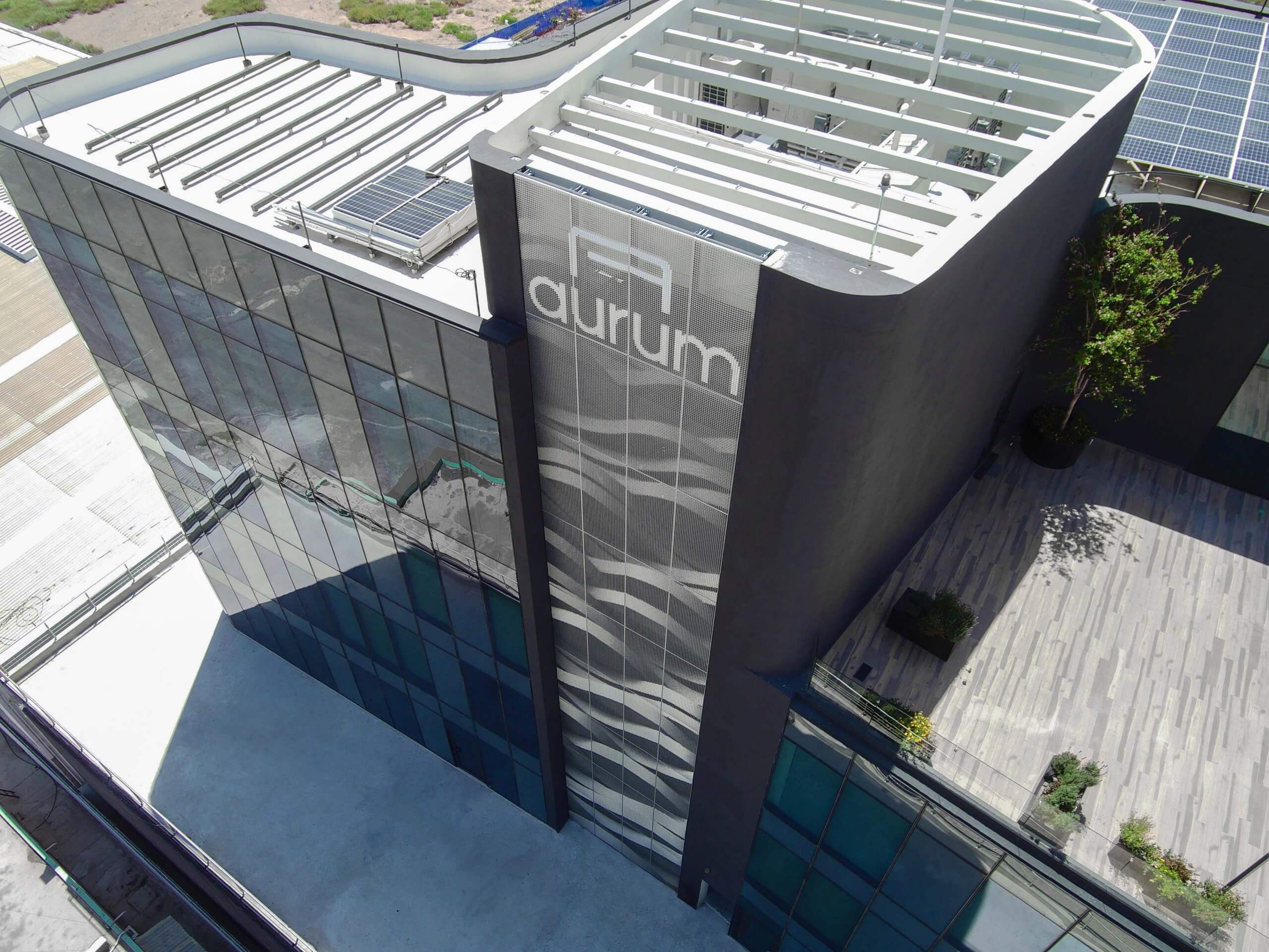 Aurum-Hero-3-1